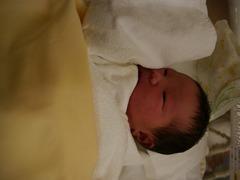 第2子 生まれたての赤ちゃん